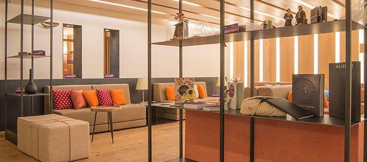 Alagna Lounge2
