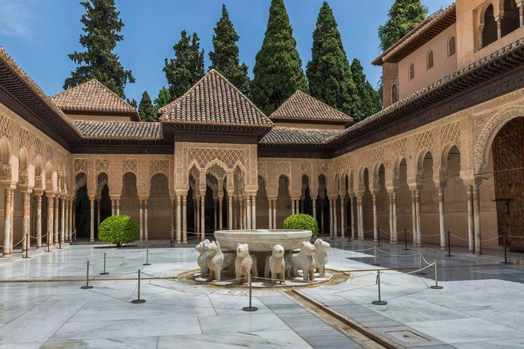 Alhambra In Granada Kamira Fotolia X