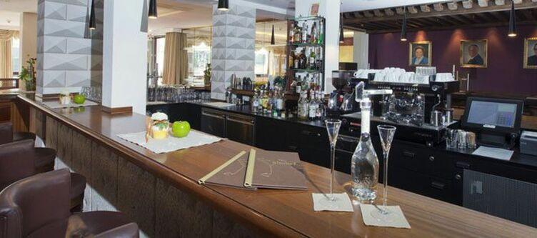 Almhof Bar