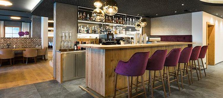 Alpbacherin Bar3