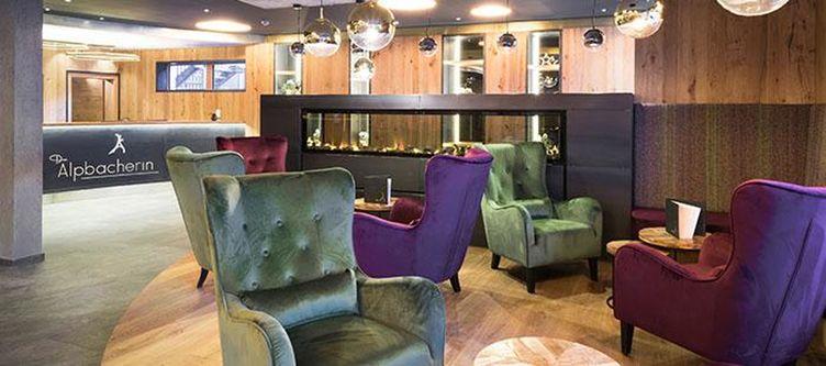 Alpbacherin Lounge3
