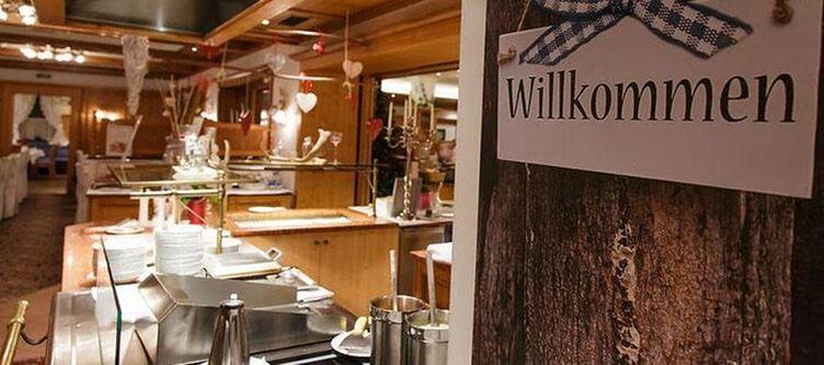 Alpenblick Restaurant Buffet