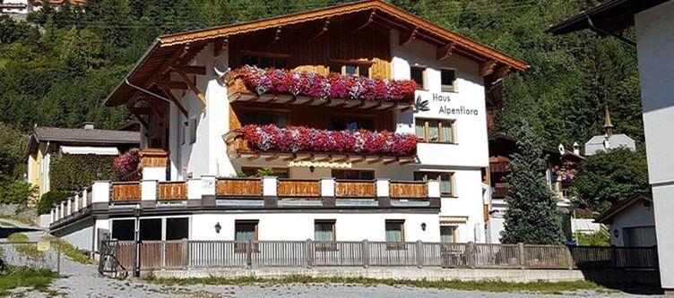 Alpenflora Hotel