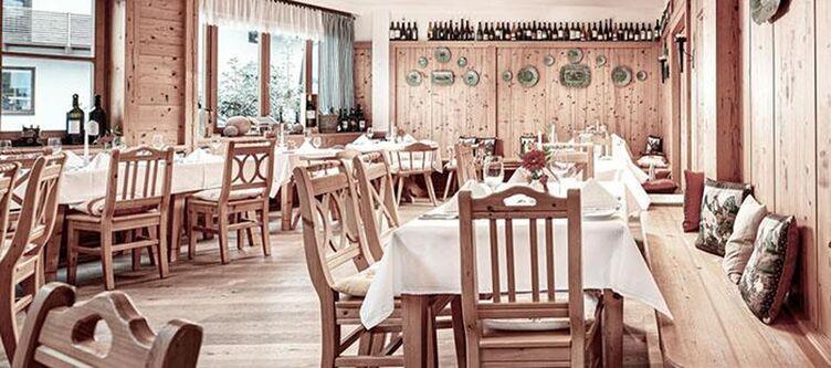 Alpenhaus Restaurant3