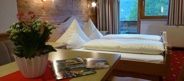 Alpenhof Zimmer Gruenberg3