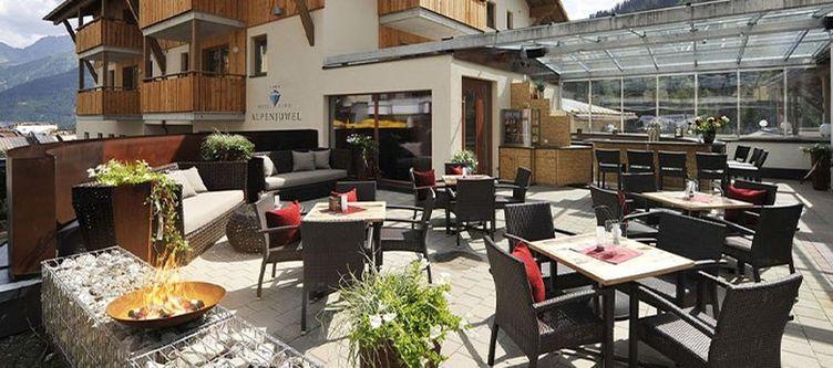 Alpenjuwelgarni Terrasse5