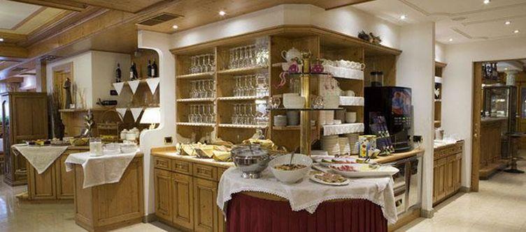 Alpenrose Fruehstuecksbuffet