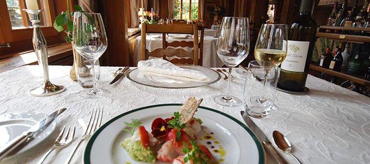 Alpenrose Restaurant Azalee2