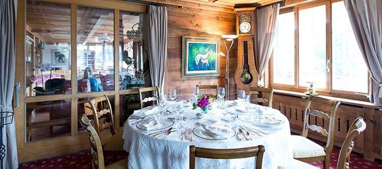 Alpenrose Restaurant Azalee4