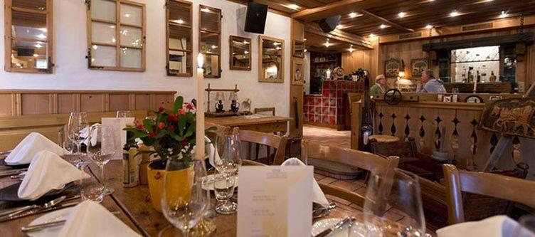 Alpenrose Restaurant Sammys Grill2