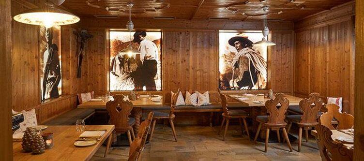 Alpenrose Restaurant2