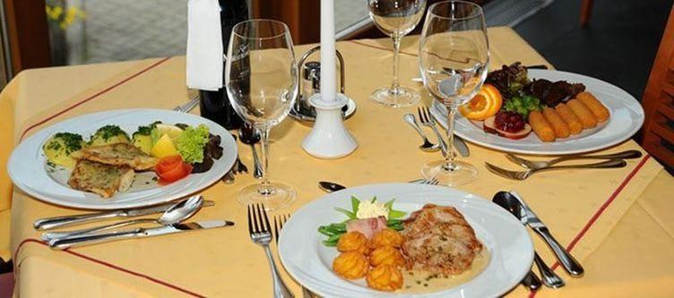 Alpina Restaurant2