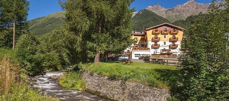 Alpino Hotel Umgebung