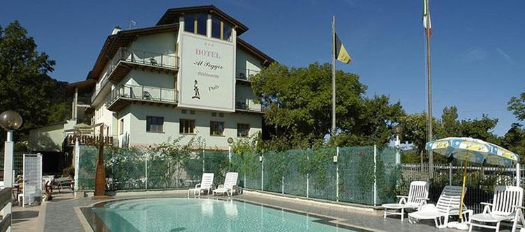Alpoggio Pool2