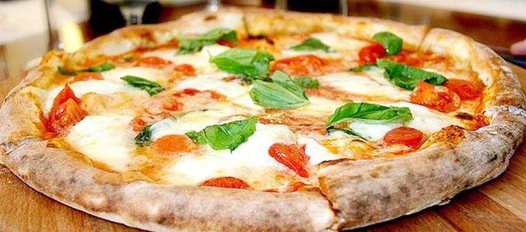 Ancora Kulinarik Pizza