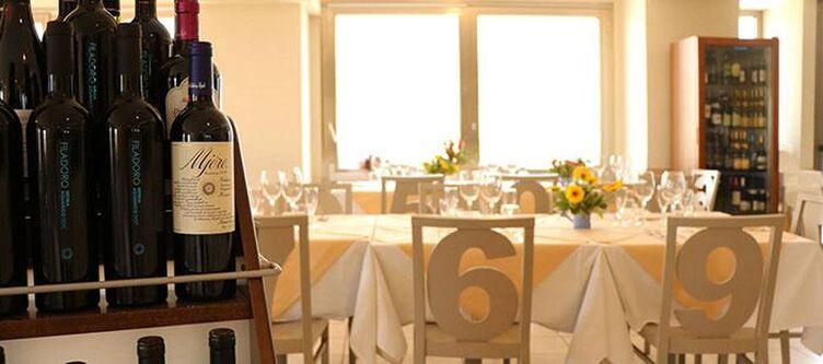Ancora Restaurant5