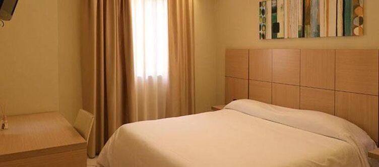Ancora Zimmer Standard4