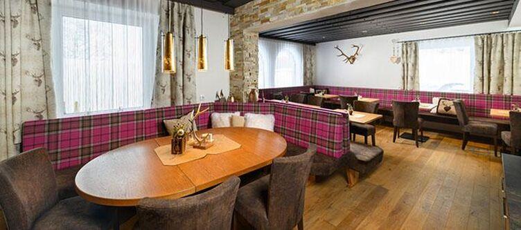 Anna Restaurant2