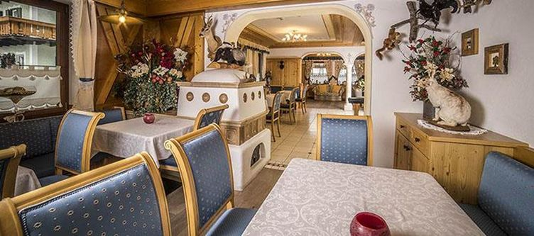 Arnika Restaurant2