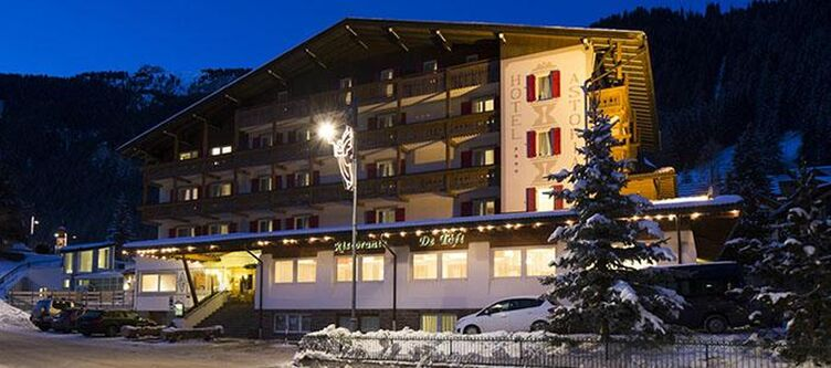 Astoria Hotel Winter