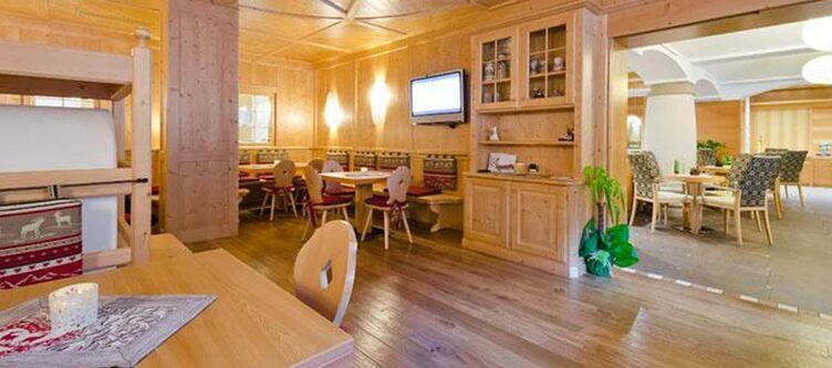 Astoria Restaurant2