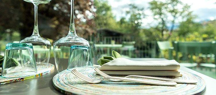 Azalea Restaurant Terrasse Gedeck