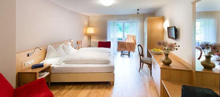 Badratzes Zimmer Puflatsch2