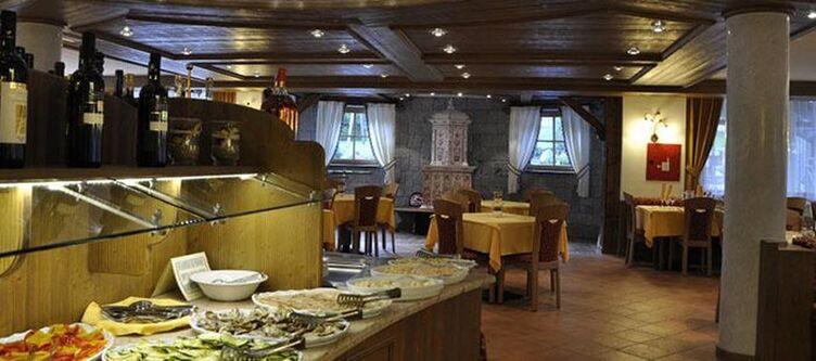 Belfiore Restaurant Buffet2