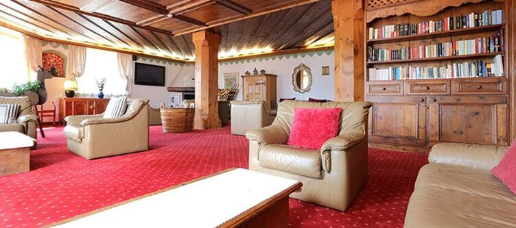 Bellacosta Lounge2