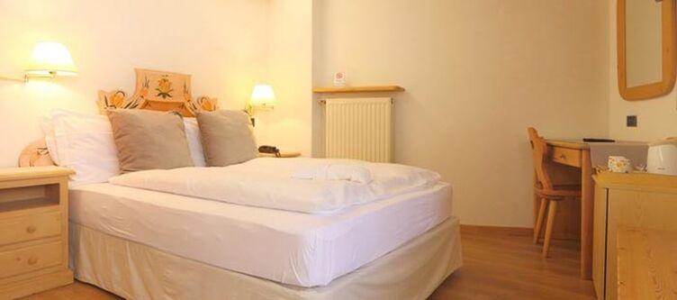 Bellacosta Zimmer Convenient2