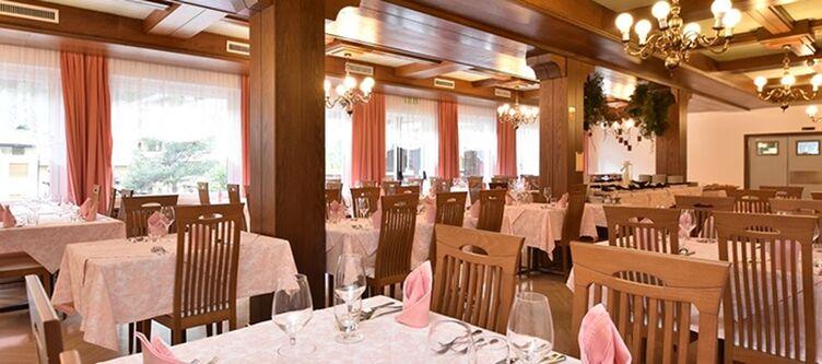 Bellaria Restaurant3