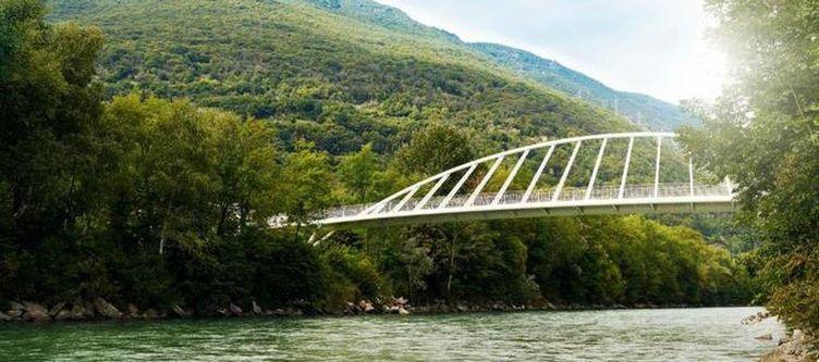 Bellinzonasud Passarella Ueber Fluss