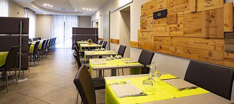 Belvedere Restaurant2