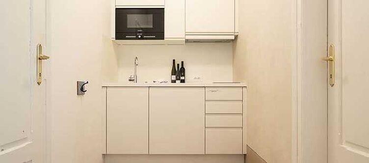 Bergmann Zimmer Husterer Suite Kueche