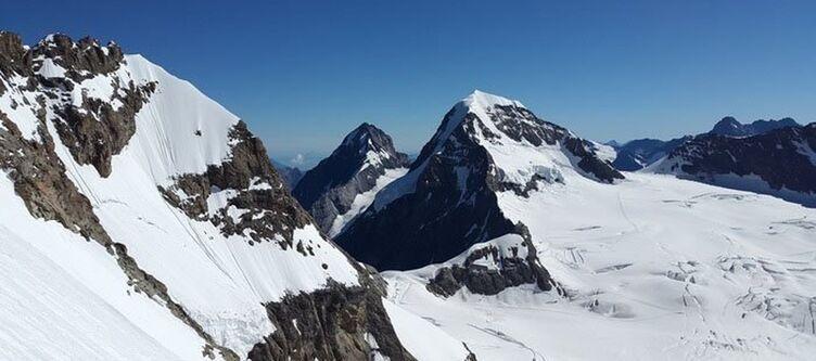 Berner Oberland Eiger Moench 1