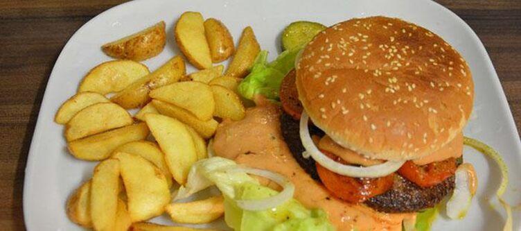 Boehmerwaldhof Kulinarik Burger