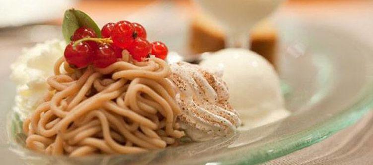 Boenigen Kulinarik Dessert