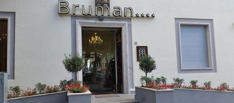 Bruman Hotel