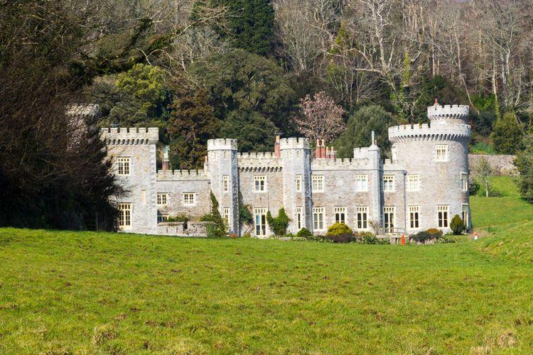 Caerhays Castle In Cornwall Ian Woolcock Fotolia X