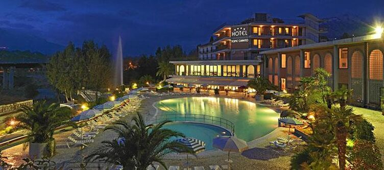 Capasso Hotel Abend