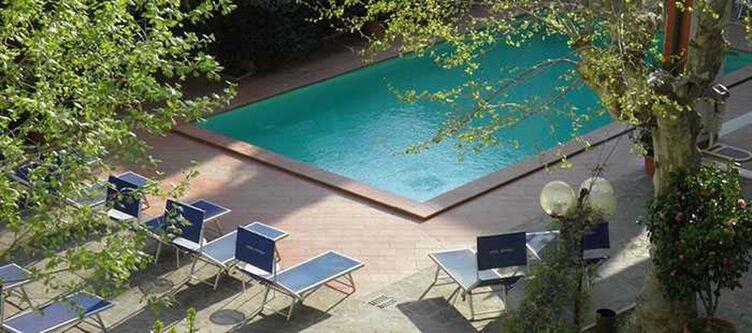 Capelli Pool