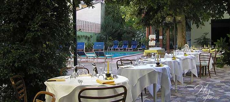 Capelli Terrasse Restaurant2