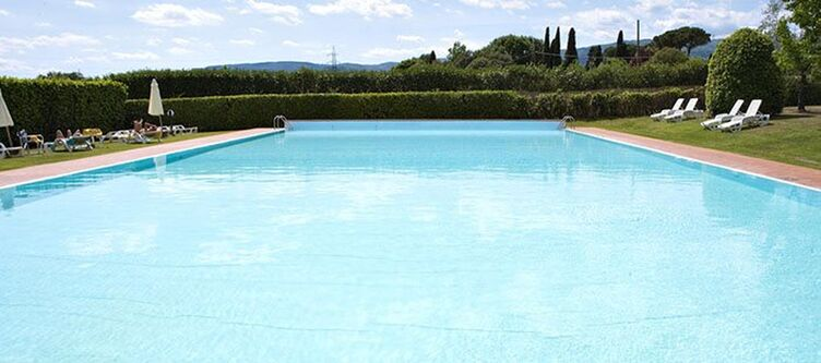 Cappugi Pool