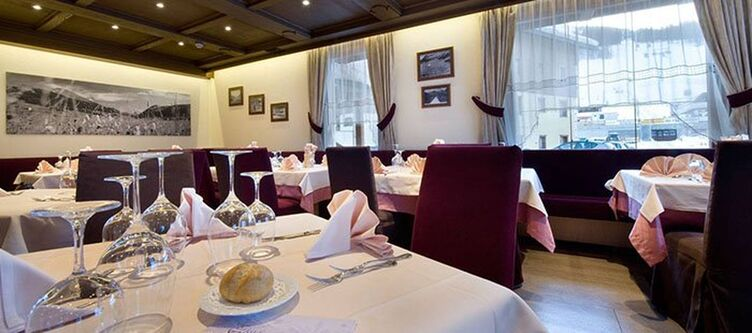 Cassana Restaurant