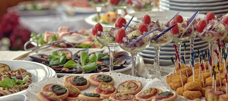 Cesa Padon Buffet Kulinarik