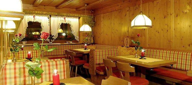 Cesa Padon Restaurant3