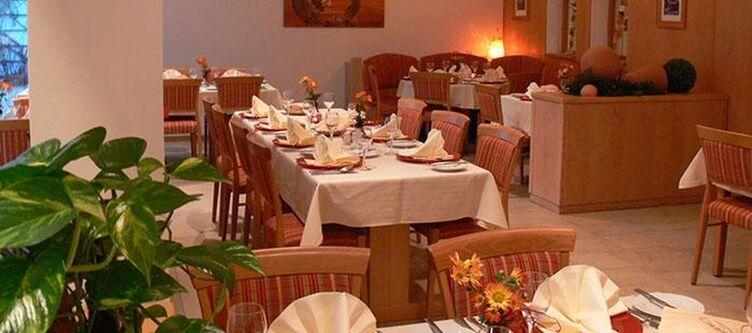 Chrysantihof Restaurant2