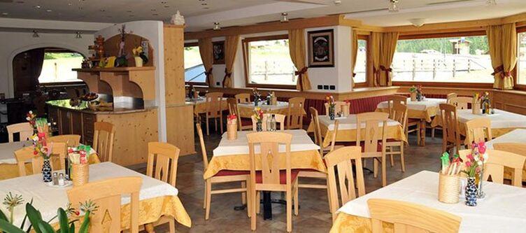 Ciamol Restaurant3