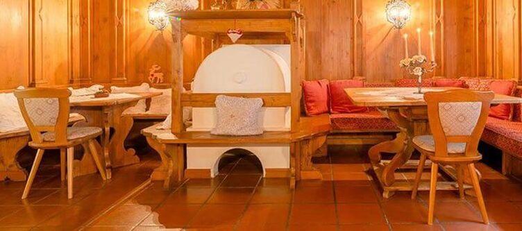 Civetta Restaurant Kamin