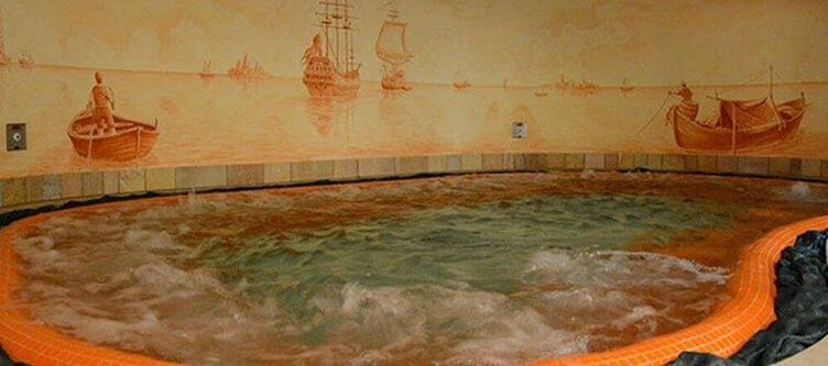 Civetta Wellness Whirlpool